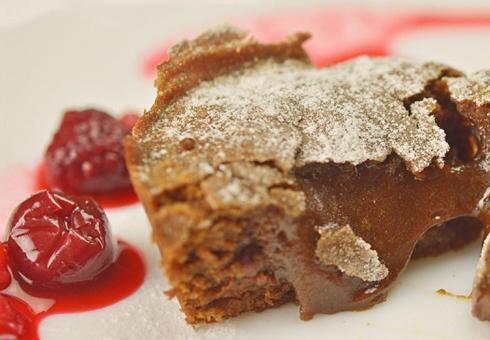 Чоколаден фондан лава колач